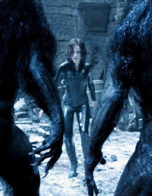 Selene faces the Werewolves.
