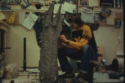 Chris Walas sculpts the hand puppet.