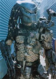 The Predator with the final mask used in the film.