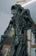 Aliensblowuppuppet
