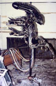 Aliensheropuppetside