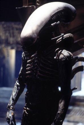 Aliensuitclos
