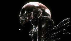 Alienressuitdarko